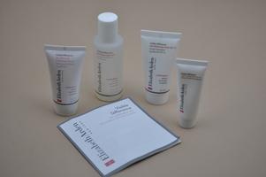Elizabeth Arden Visible Difference Skin Balancing Travel Set for Combination Skin