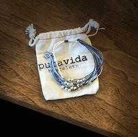 Pura Vida Blue/turquoise beaded bracelet