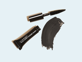 M.A.C. False Lashes Mascara in Extreme Black