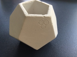 Dodecahedron planter/vessel