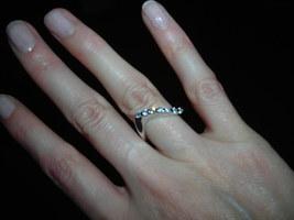 Alta Vintage Sterling Silver Sparkling Curved Ring size 4.5