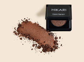 Hikari Cosmetics cream pigment eyeshadow in Latte