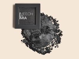 MEECH AND MIA Pressed Eyeshadow in Gunmetal