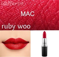 Mac lipstick in Ruby Woo