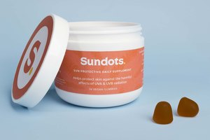 Sundots: The world's first gummy for sun protection!