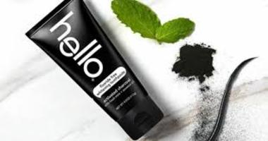 hello Flouride Free Whitening Toothpaste activated charcoal