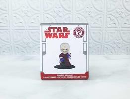 Star Wars Mystery Mini Count Dooku Vinyl Figure