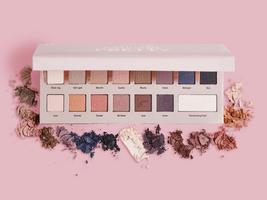 It Cosmetics Naturally Pretty Palette Vol. 1