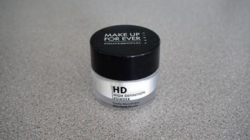 Make up for ever ultraHD microfinishing loose powder