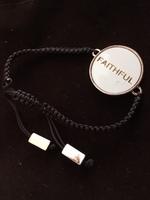 Faithful adjustable bracelet