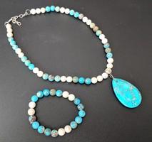 Blue stone necklace and bracelet set