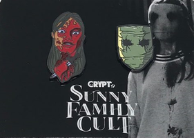 Sunny Family Cult Pin Set plus exclusive Crypt TV - Loot Fright