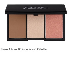 Sleek face form-contouring and blush palette in light