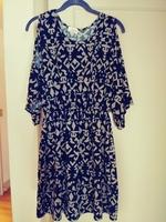 Fantastic Fawn cold-shoulder dress/tunic