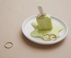 Melting Ice Cream Ring Holder