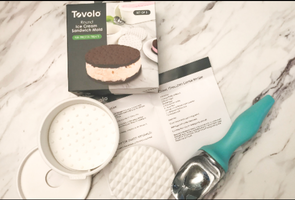 Tovolo Round Ice Cream Sandwich Molds