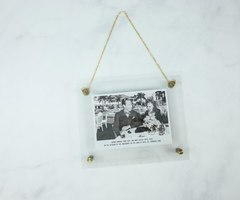Clear photo hanger