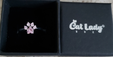 Paws to heart ring