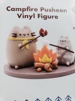 campfire pusheen vinyl figure