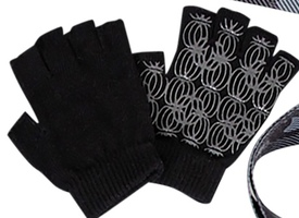 The Balance Collection Yoga Gloves