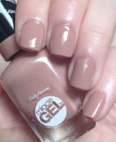 Sally Hansen Miracle Gel Nail Polish in 'Totem-ly Yours'