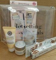 It Cosmetics Jetsetting It-ssentials Gift Set