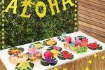Hawaiian Tropical Luau Party Decorations Set