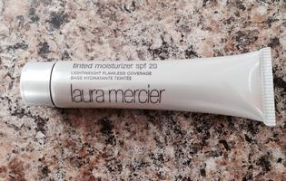 Laura Mercier Tinted Moisturizer in Nude
