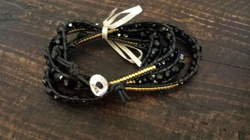 Black Bindy Wrap Bracelett