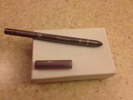 Line & Seal 24 waterproof eyeliner in plum