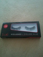 J. cat eyelashes and eyelash glue C32