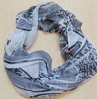 Evelyn K New York Black & White Scarf