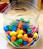 'Unzipped' glass snack bag