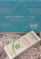 From the Limited Edition: Mass Appeal – 2014 Birchbox for CEW: Simple® Protecting Light Moisturizer with SPF 15 4.2 fl oz.