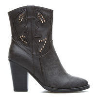 """Jordin"" Boots from ShoeDazzle"