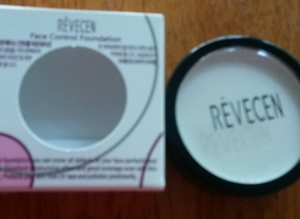 Revecen Face Control Foundation in White