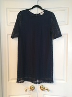 Everly Navy Lace Dress (M)
