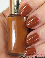 L'Oreal Paris Color Riche nail polish in So Chic Fox