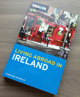 Living Abroad in Ireland Moon book