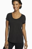 Fabletics Forward Tee in black