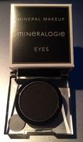 Mineralogie Black Velvet Eyshadow