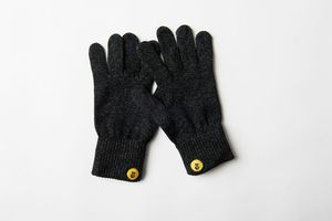 Glove.ly Classics Gloves