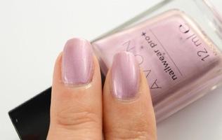 Avon Nailwear Pro+ Nail Enamel in Romance