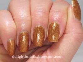 Rainbow Honey Cuprum Veritas nail polish