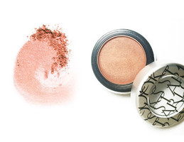 Starlooks Skin Perfecting Blush