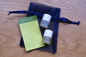 Oils by Acure: 5 ml each of 100 percent certified organic argan oil and 100 percent pure wild crafted marula oil.