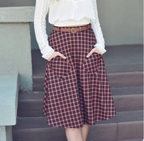 Plaid skirt with pockets by Double Zero