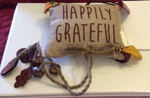 "Grasslands Road ""Happily Grateful"" Door Hanger"