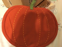 Pumpkin pot holder