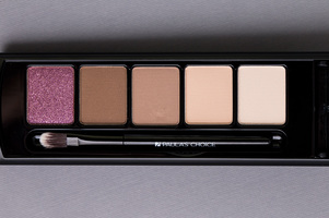 Paula's Choice 4 Mattes & A Glam Eyeshadow Palette